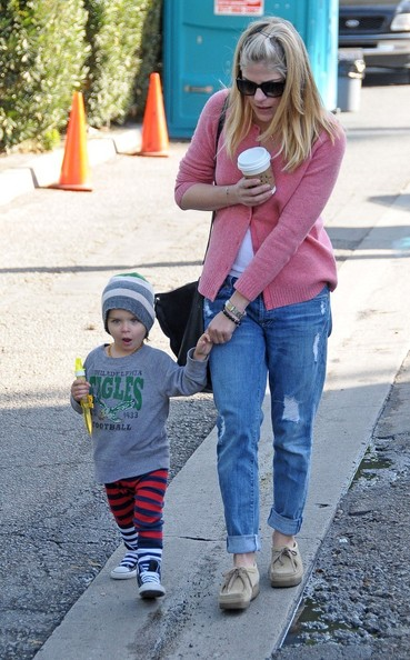 Selma Blair & Arthur Saint Sunday Morning At The Farmers Market 1