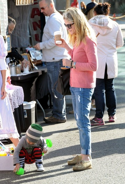Selma Blair & Arthur Saint Sunday Morning At The Farmers Market 2