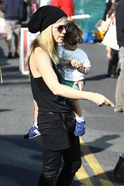Selma Blair & Little Arthur Superheroes 2