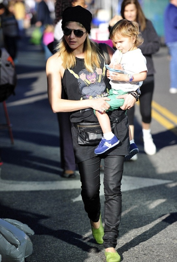 Selma Blair Superheroes Mommy 4