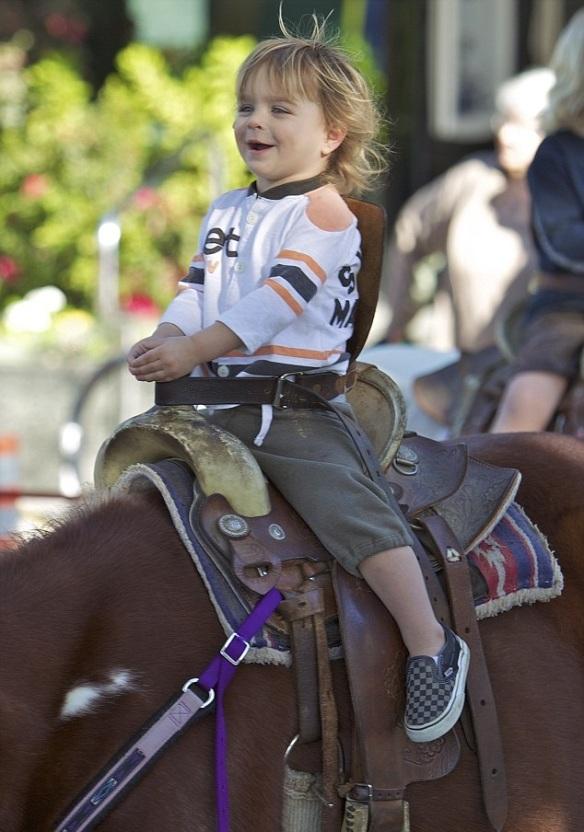Selma Blair & Arthur Saint Pony Rides 10