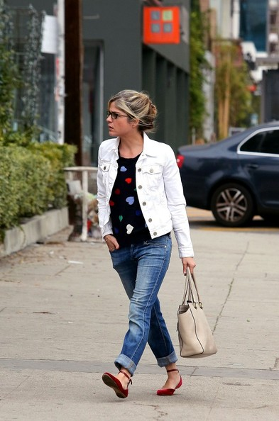 Sweetheart Selma Blair In Talbots 3