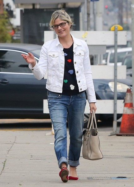 Sweetheart Selma Blair In Talbots 8