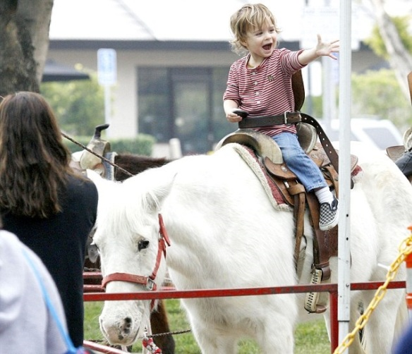 Arthur Saint Bleick Rides The Ponies At Farmers Market With Mom Selma Blair 2