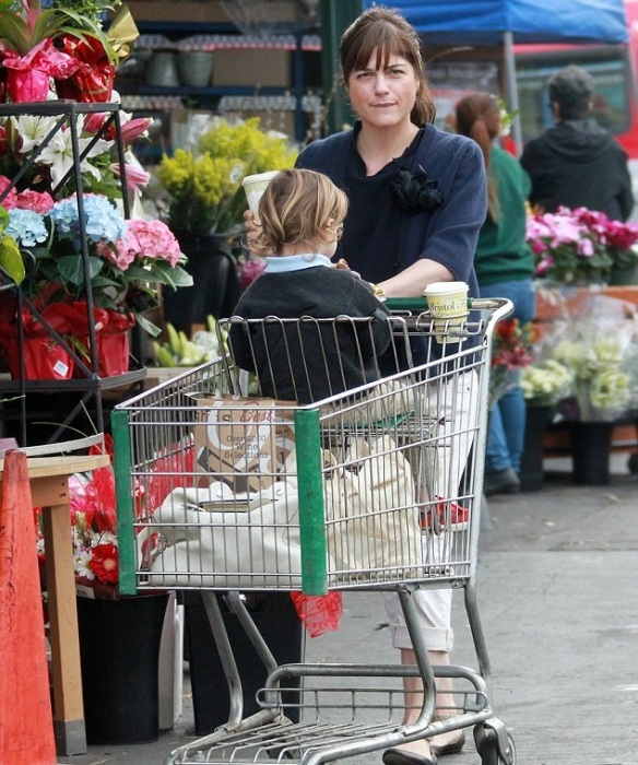 Selma Blair & Arthur Saint Grocery Run 3