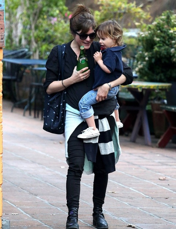 Selma Blair & Arthur Saint Lunch At The Grove 1