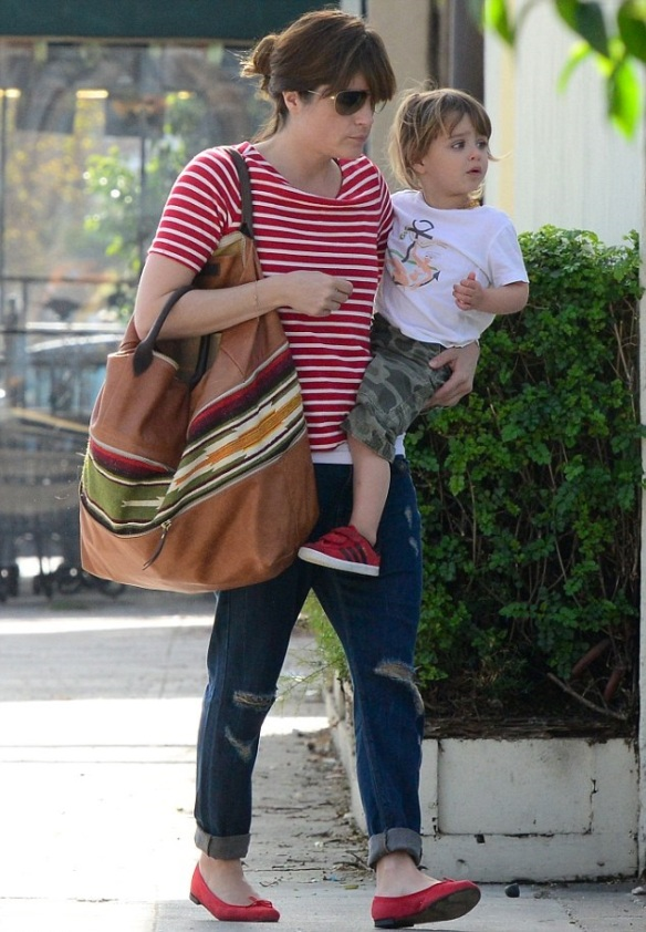 Selma Blair Spends The Day With Her Son Arthur 5