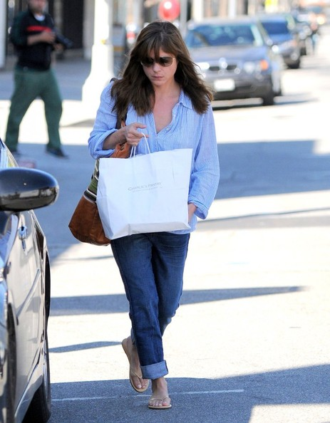 Selma Blair Stops At Charlie's Pantry For Lunch 3