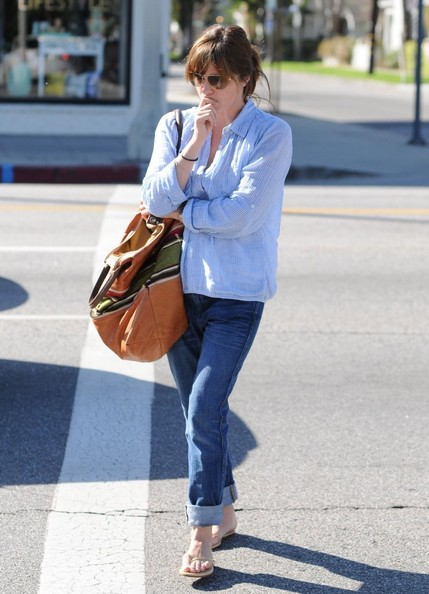 Selma Blair Stops At Charlie's Pantry For Lunch 6