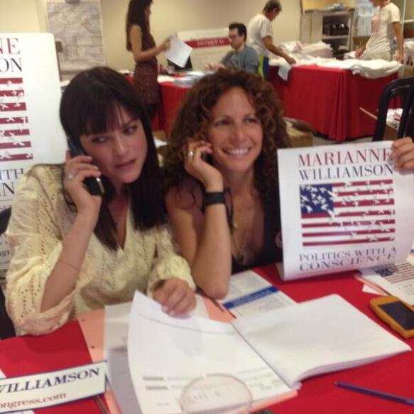Selma Blair supports Marianne Williamson 1