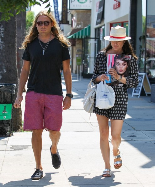 Selma Blair Heads To Breakfast In Adorable Madewell Romper 2