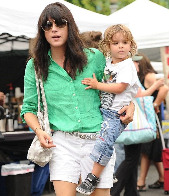 Selma Blair Spends The Day With Family At The Farmers Market 7