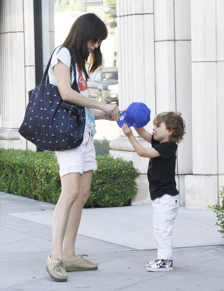 Selma Blair Shopping With Arthur In West Hollywood 5