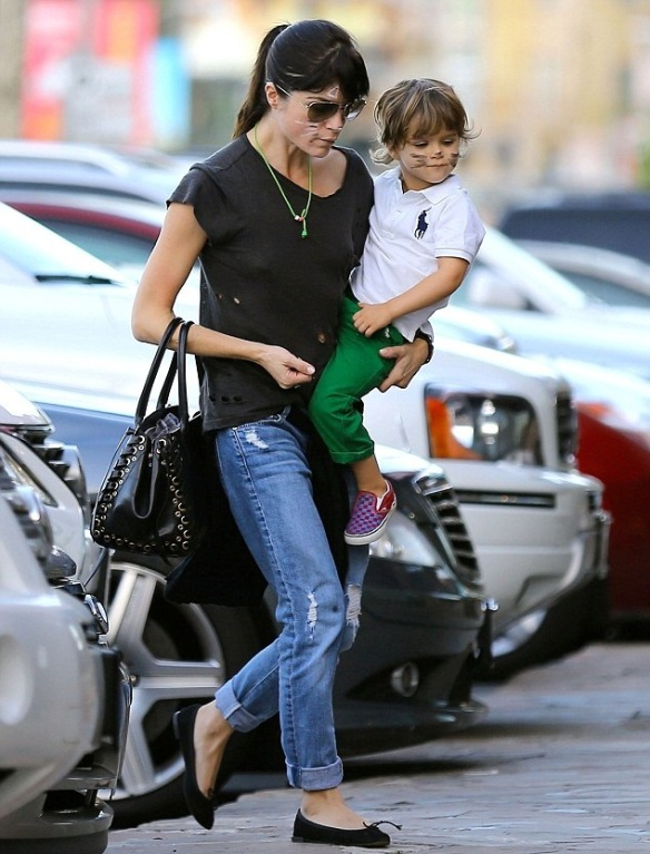 Selma Blair And Kitty Cat Son Arthur 5