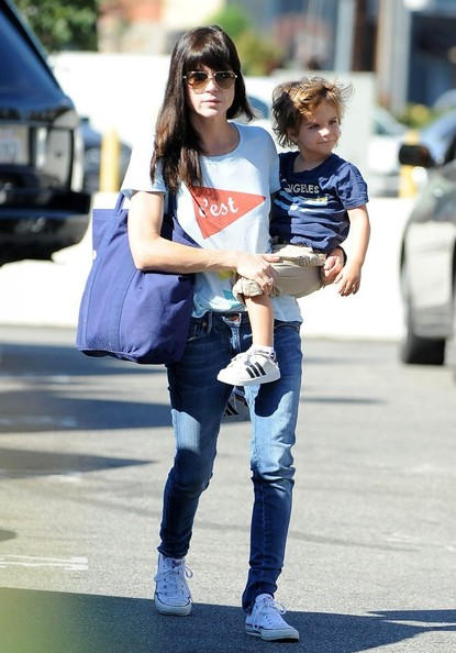 Selma Blair & Arthur Saint Arrive At Farmers Market 3