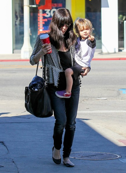 Selma Blair Running Errands With Son Arthur 1