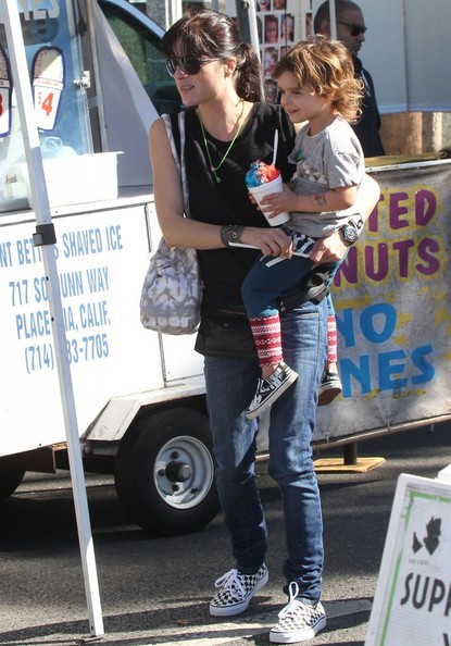 Selma Blair & Son Arthur Saint Blair-Bleick Farmers Market Tattoos Slides And Snowcones 2