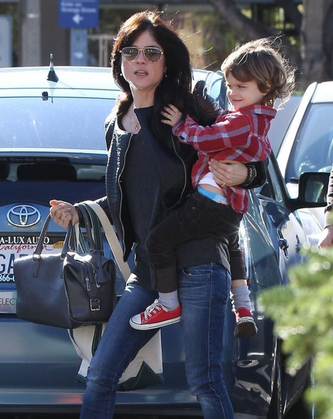 Selma Blair Grocery Run With Son Saint 6