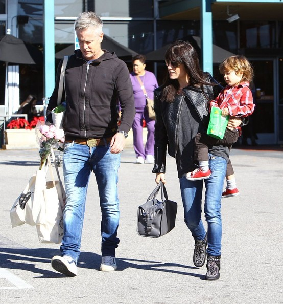 Selma Blair Grocery Run With Son Saint 7