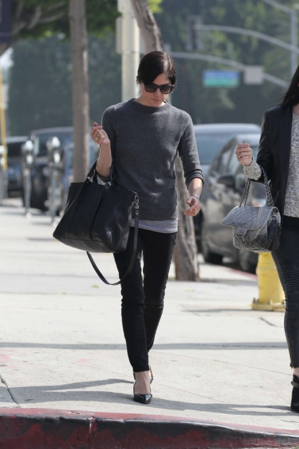 Selma Blair Shops With A Friends 5