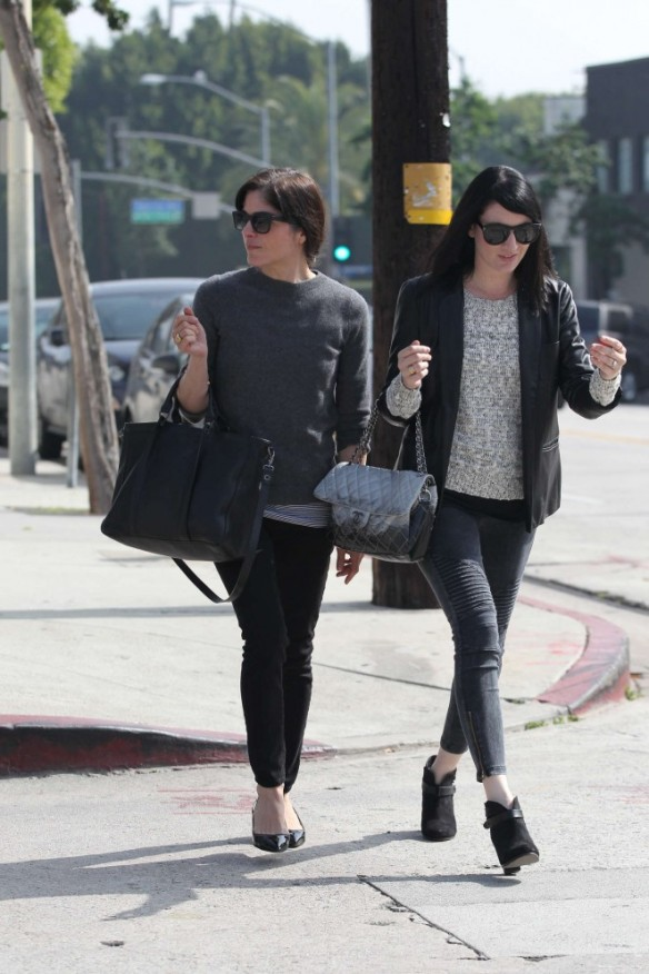 Selma Blair Shops With A Friends 6