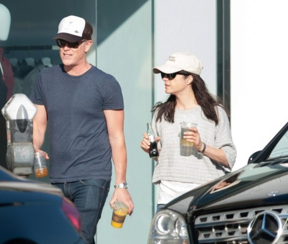 Selma Blair spends Sunday with Arthur and friends 6
