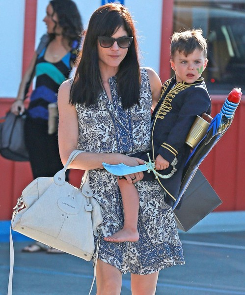 Captain Arthur and Selma Blair in Brentwood 1
