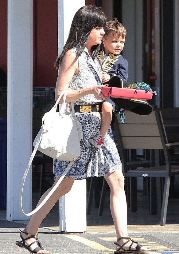 Captain Arthur and Selma Blair in Brentwood 7