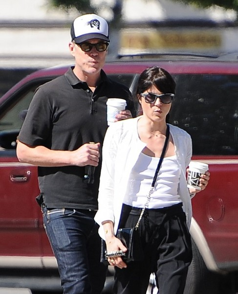 Selma Blair On A Coffee Run In Ancient Greek Sandals 3