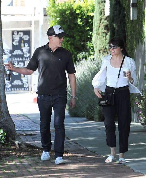 Selma Blair On A Coffee Run In Ancient Greek Sandals 5