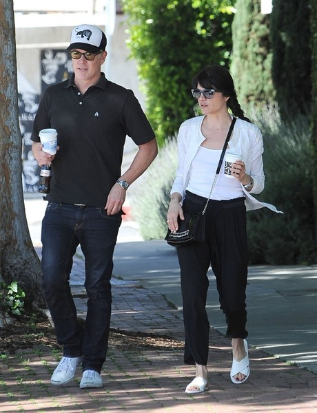 Selma Blair On A Coffee Run In Ancient Greek Sandals 6