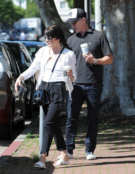 Selma Blair On A Coffee Run In Ancient Greek Sandals 7