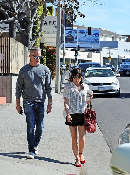 Selma Blair Wearing Jenni Kayne Blouse 3