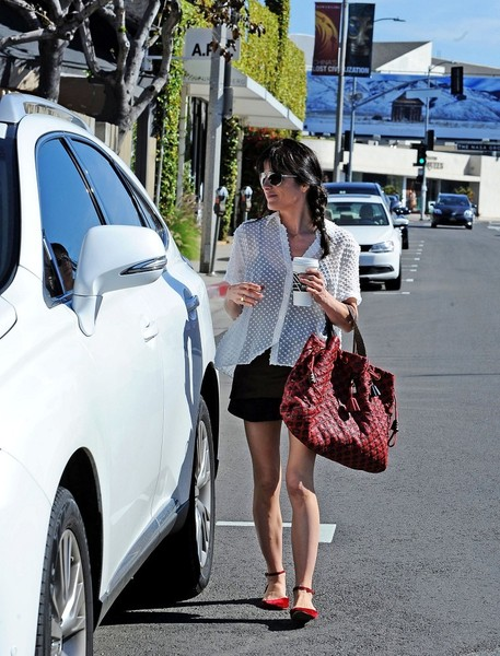 Selma Blair Wearing Jenni Kayne Blouse 4