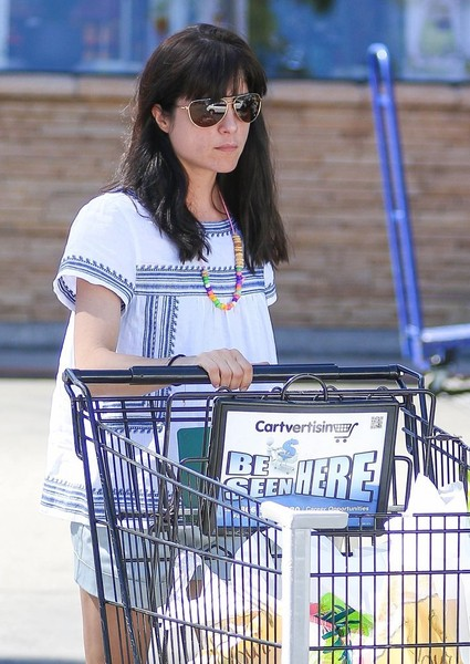 Selma Blair Stops For Groceries 3