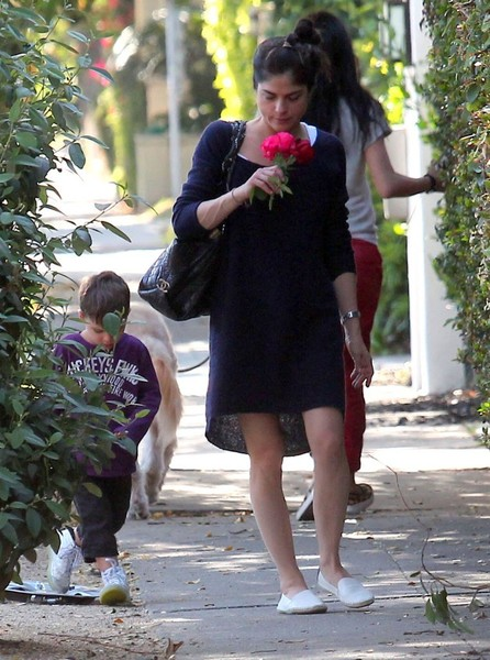 Selma Blair Stops To Smell The Roses 1