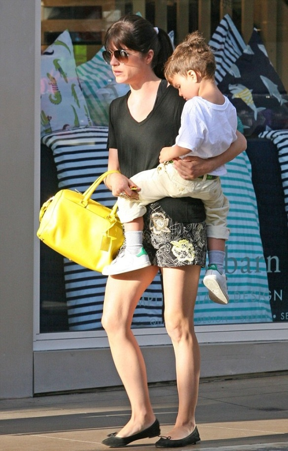 Selma Blair Shopping With Son Saint 1