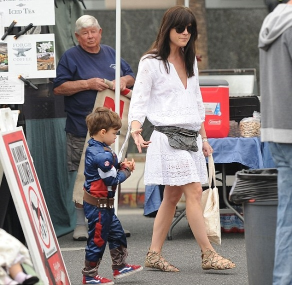 Selma Blair & Captain America Browse The Farmers Market 3