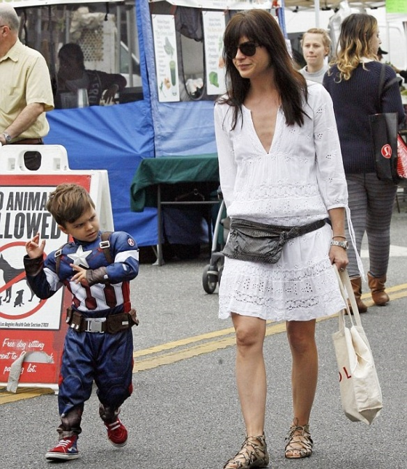 Selma Blair & Captain America Browse The Farmers Market 7
