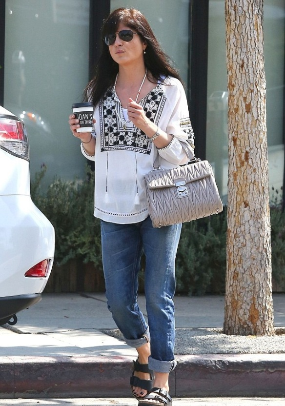 Selma Blair Stops By Joan's On Third 3