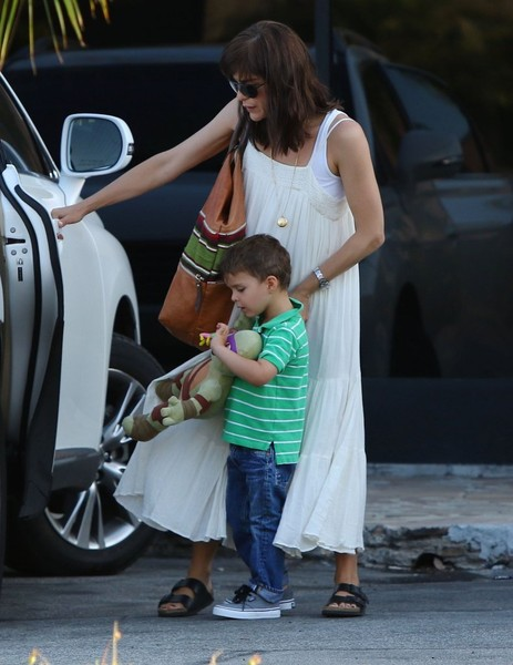 Selma Blair & Son Arthur Pizza Night At The Six 12