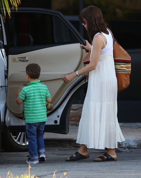 Selma Blair & Son Arthur Pizza Night At The Six 13