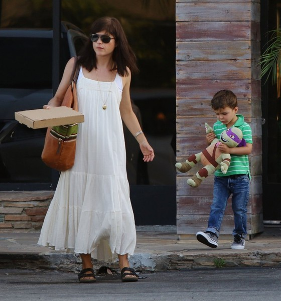 Selma Blair & Son Arthur Pizza Night At The Six 4