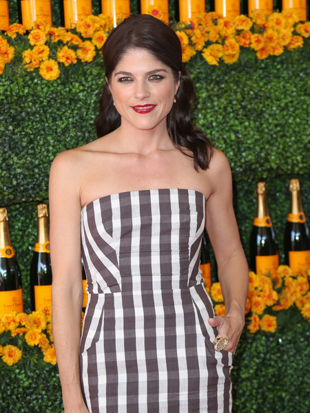 Selma Blair arrives at the Sixth-Annual Veuve Clicquot Polo Classic at Will Rogers State Historic Park. 1