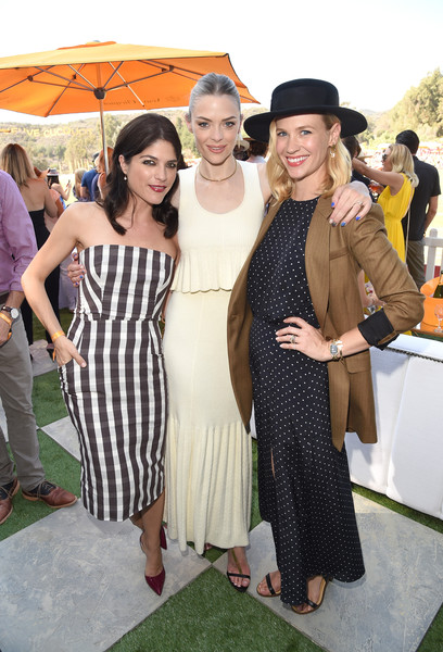 Selma Blair arrives at the Sixth-Annual Veuve Clicquot Polo Classic at Will Rogers State Historic Park. 17