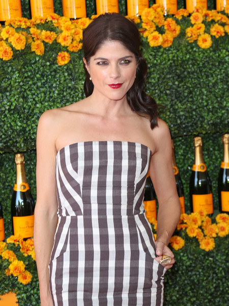 Selma Blair arrives at the Sixth-Annual Veuve Clicquot Polo Classic at Will Rogers State Historic Park. 2