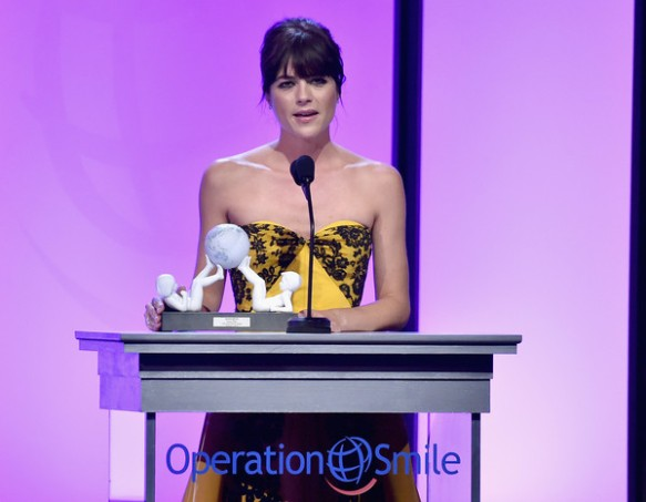 Selma Blair Operation Smile Gala 10