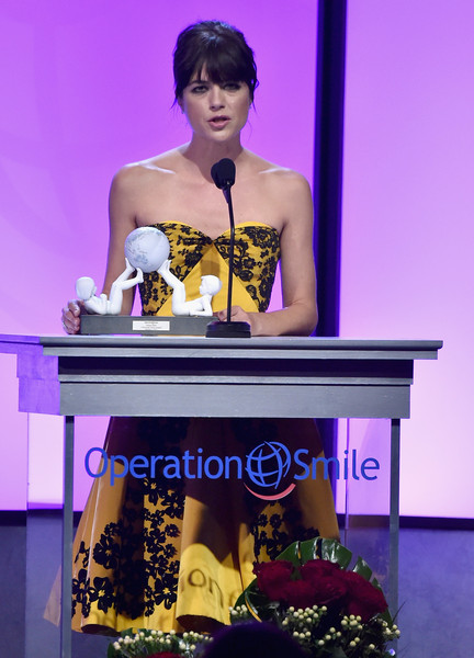 Selma Blair Operation Smile Gala 11