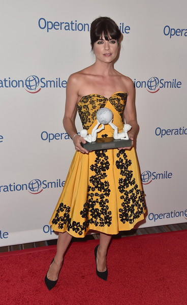 Selma Blair Operation Smile Gala 24