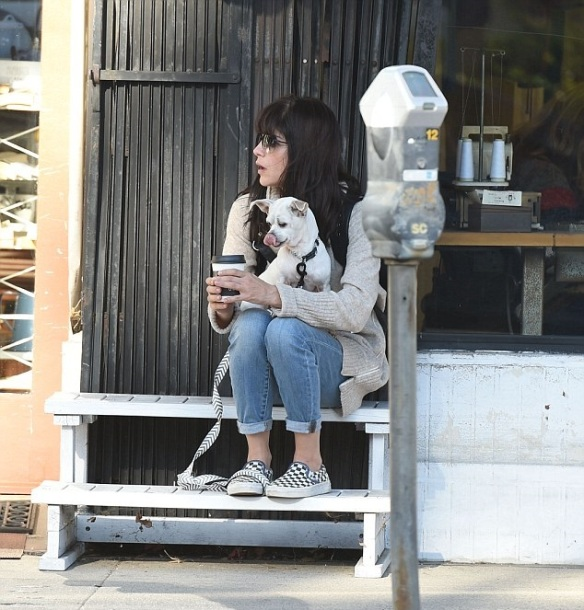 Selma Blair stops for coffee with her dog Ducky 2